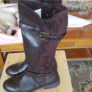 Avenue brown wide calf boots